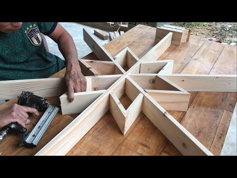 Woodworking Project And Plan For Christmas // Making Your Own Snowflake Shelves Extremely Easy
